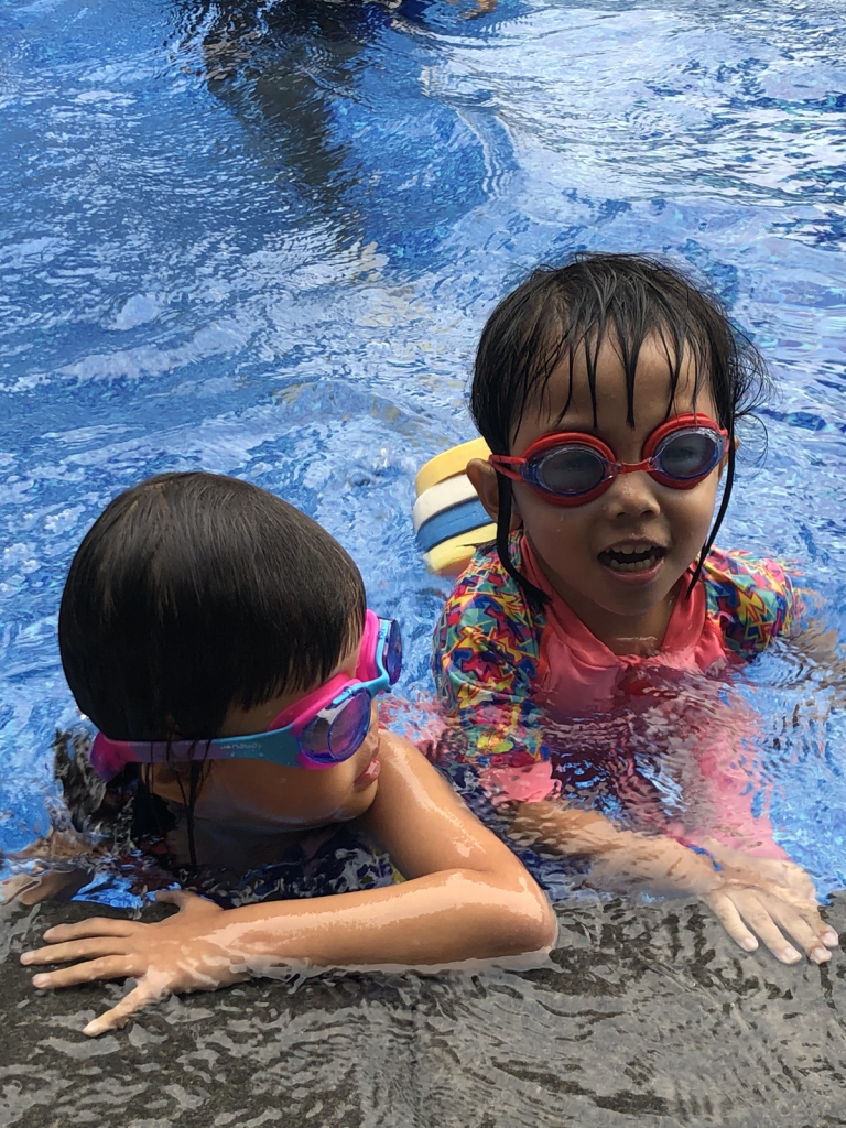 Toddler private swimming lessons