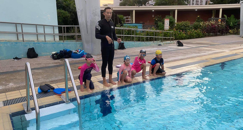 TPy swimming